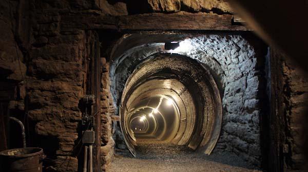 Lockport Cave